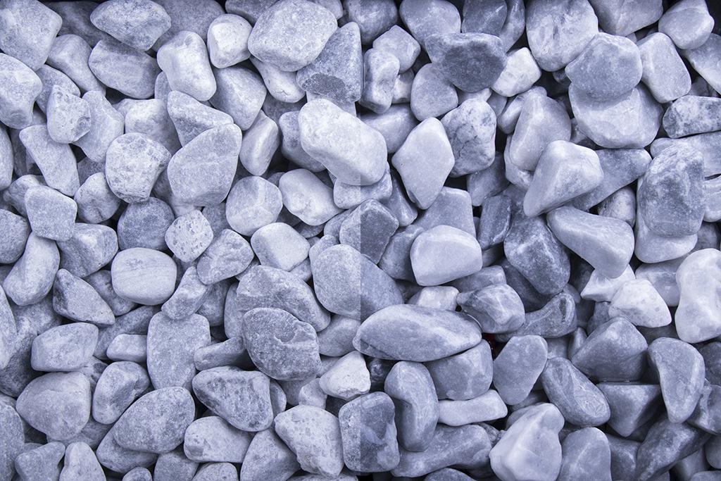 Kristall blau getrommelt